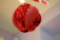 Рождественская декорация (Шар красный), размер 20 см, 6 штук в блоке